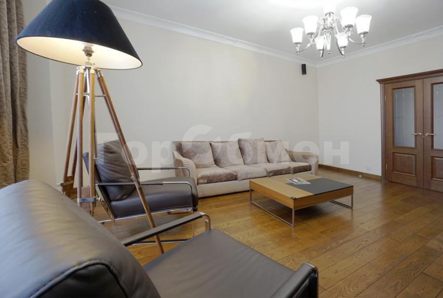 Продажа 2-комнатной квартиры, Москва, улица Столетова,  17